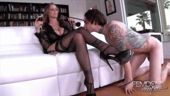 Julia Ann – Boy-Toy Pussy Servant