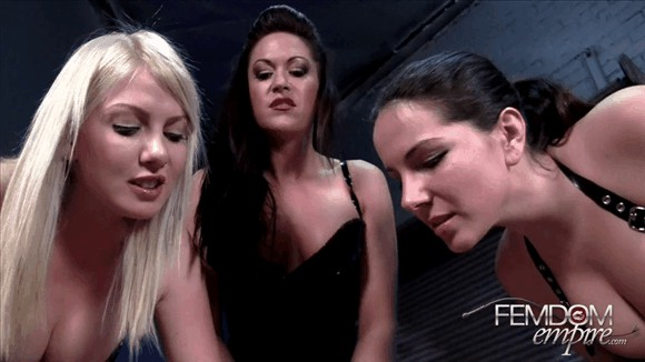 Alexandra Snow – Deanna Storm – Lexi Sindel – Breast Smother_cover