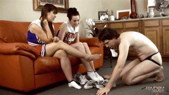 Amy White – Anna Lee – Clean our sweaty feet