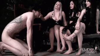 Cybill Troy – Lexi Sindel – Mina Thorne – Filthy Foot Wipe