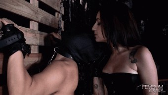 Cybill Troy – Mistress Cybill\'s Whip