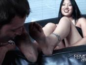 Miki – Mistress Miki\'s filthy feet