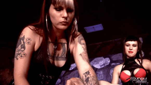 Lara Luxe – Nikki Domino – Humiliated with Spit_cover