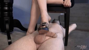 Lexi Sindel – Clean my cum covered feet