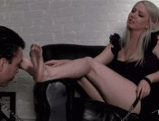 Lexi Sindel – Cold Bitch Foot Cleaning