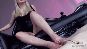 Lexi Sindel – Foot Fucker