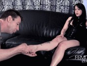 Lydia Supremacy – Lydia\'s supreme feet