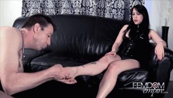 Lydia Supremacy – Lydia\'s supreme feet