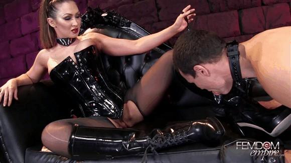 Yasmin Scott – Boot Polishing Bitch-Pet_cover