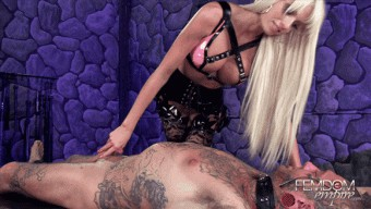 Rikki Six – Love, Honor, & OBEY
