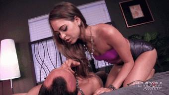 Riley Reid – Foot slave for Princess