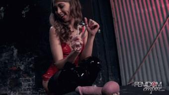 Riley Reid – Riley\'s Ball Abuse