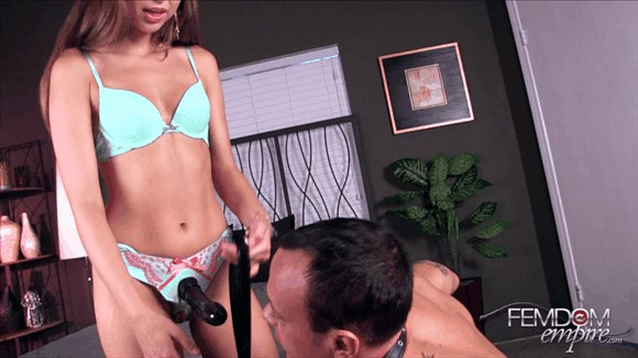 Riley Reid – She owns my ASS_cover