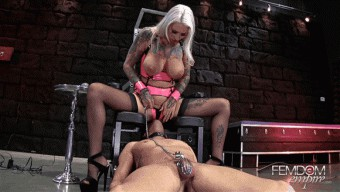 Rachael Rampage – She is cumming on your face