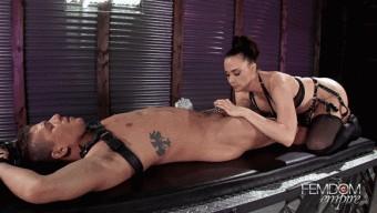 Chanel Preston – Silicone Pussy Torture