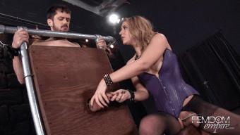Kylie Kalvetti – Gloryhole Cock Drain