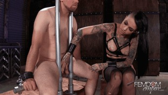 Leigh Raven – Ruined to Please