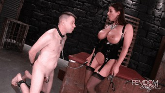 Angela White – Angela\'s Ass Licker