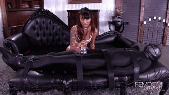 Asia Perez – Bondage Tip Orgasm