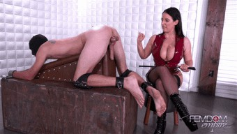 Angela White – Emptied