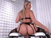 Anikka Albrite – I Want Ass