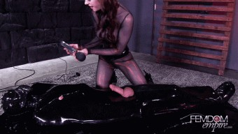 Anna Deville – Restrained & Milked