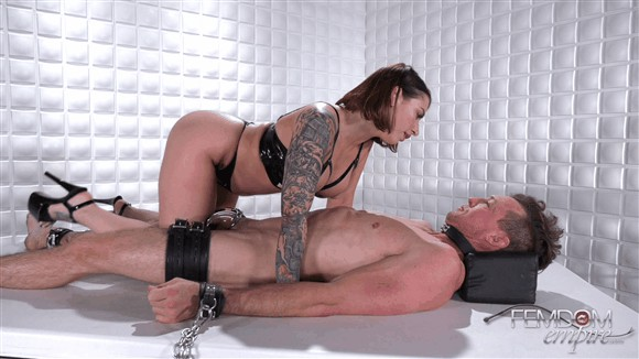 Ivy Lebelle – Caged Desires_cover