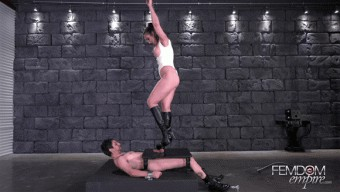 Yasmin Scott – Crushed Manhood