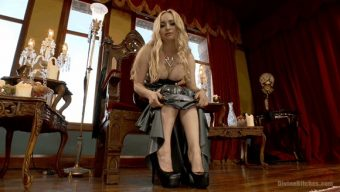 Aiden Starr – FREE Bonus Update: Aiden Starr Sweaty Foot Worship POV 