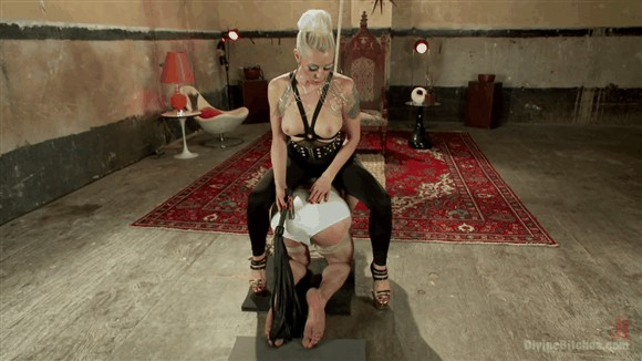 Artemis Faux – Lorelei Lee – A Divine Bitch ALWAYS gets what she wants. _cover