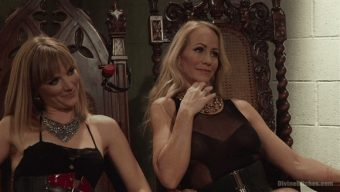 Mona Wales – Simone Sonay – Alexander Gustavo – Stepmother And Daughter Dominating Duo 