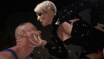 D. Arclyte – Helena Locke – The Femdom Lifestyle: Real Couple Plays Hard 