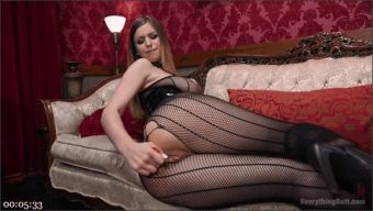 Stella Cox – Ariel X – Stella Cox learns the hard way not to mess with a Domme\'s Money