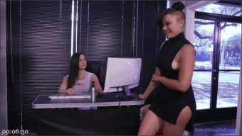 Lea Lexis – Jenna Foxx – Annie Cruz – Goldie Lock Botox to make the perfect tightness of Ass