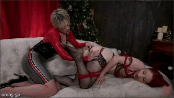 Dee Williams – Violet Monroe – A Very ANAL Christmas with Dee Williams and Violet Monroe