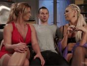 Aubrey Kate – Will Havoc – Phoenix Marie – Phoenix Marie\'s TS Threesome: What does she have that I don\'t have?