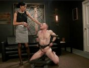 Venus Lux – Damien Moreau – Obedient Boy: Venus Lux Torments & Fucks Her Delivery Boy