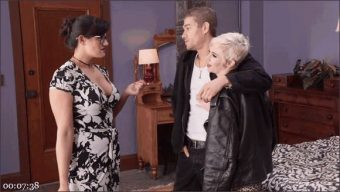 Xander Corvus – Penny Barber – Mercy West – Discipline for Mommy\'s Little Anal Slut
