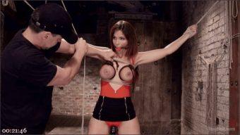 Syren de Mer – Big Tit MILF Syren de Mer Gets It Just the Way She Likes It