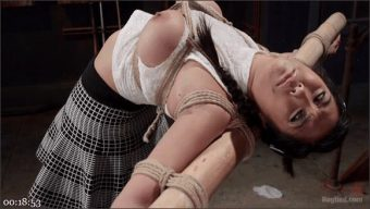 Mia Little – Mia Li's First Anal Bondage
