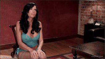 Veronica Avluv – Nympho Anal MILF Double Penetration Squirt Fest