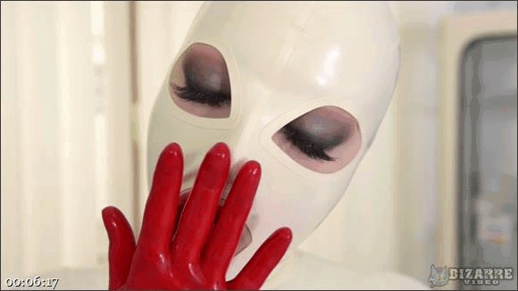 Latex Lucy – Alone in My Rubber Suit_cover