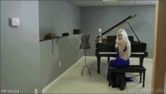 Goddess Starla – Peaches – The BDSM Piano Recital