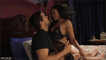 Gage Sin – Ramon Nomar – Yasmine de Leon – Jay Smooth – John Strong – Slut girlfriend gets all holes filled and fucked!