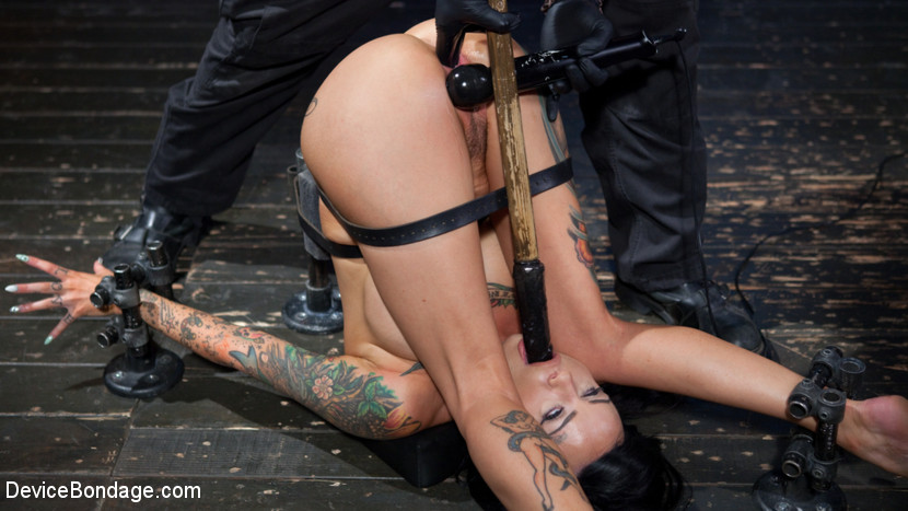Lola Luscious – Tattooed Masochist In Grueling Bondage, Tormented and Orgasm Overload!!_cover