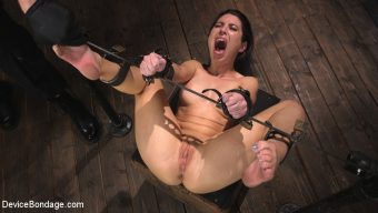 The Pope – Petite Slut Serena Blair Punished and Made to Cum in Metal Bondage!!