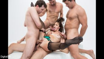 Alana Cruise – Alana Gets Dp'd And Double Vag'd in her FIRST Gangbang!