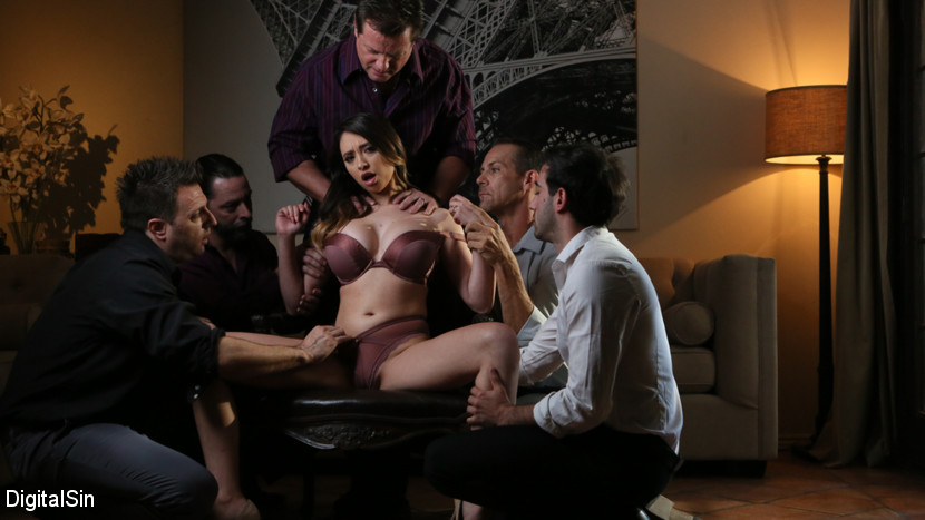 Quinn Wilde – Quinn's Hot Wife Mouth Will Please Everybody_cover