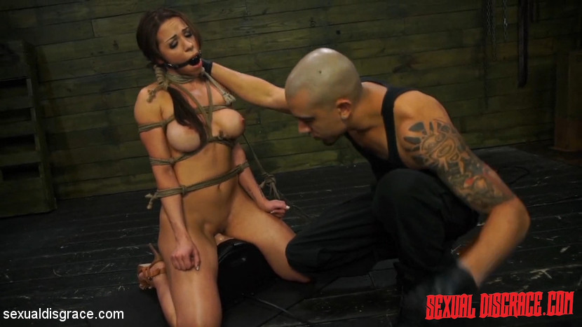 Kylie Rogue – Kylie Rogue #1 Sexual Disgrace Supersized Clit_cover