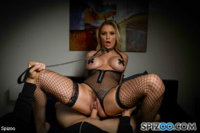 Kenzie Taylor – Kenzie Taylor Gets Caged